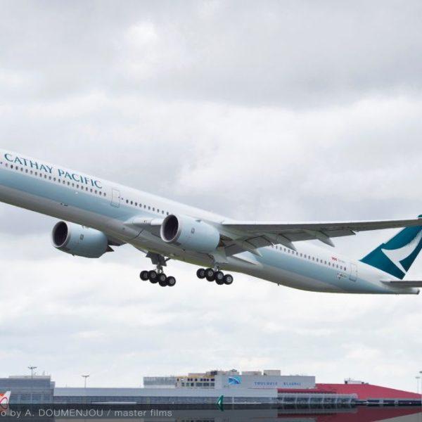 Erste Airbus A350-1000 startet mit Bio-Kerosin nach Hong Kong