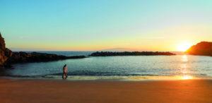 Sonnenuntergang am Luxus-Strand im The Ritz-Carlton, Abama