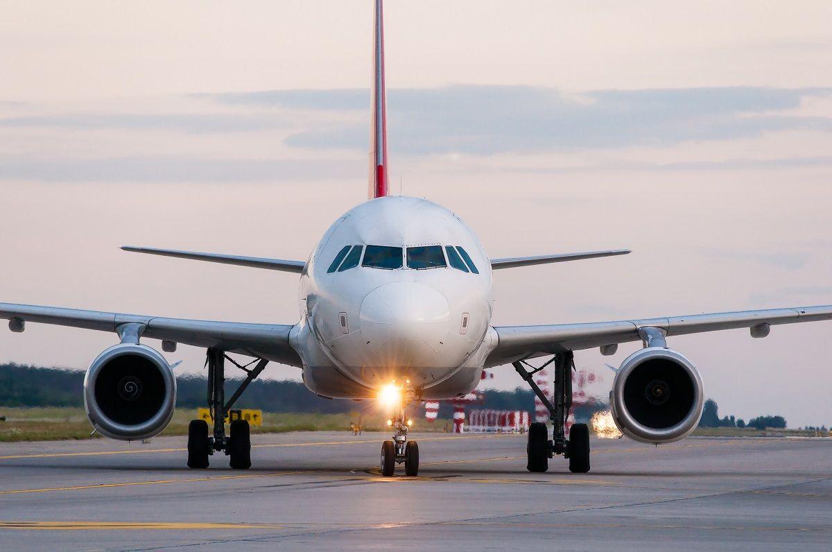 Air Partner: Rückblick und Ausblick im Gruppen-Charter shutterstock_300394838