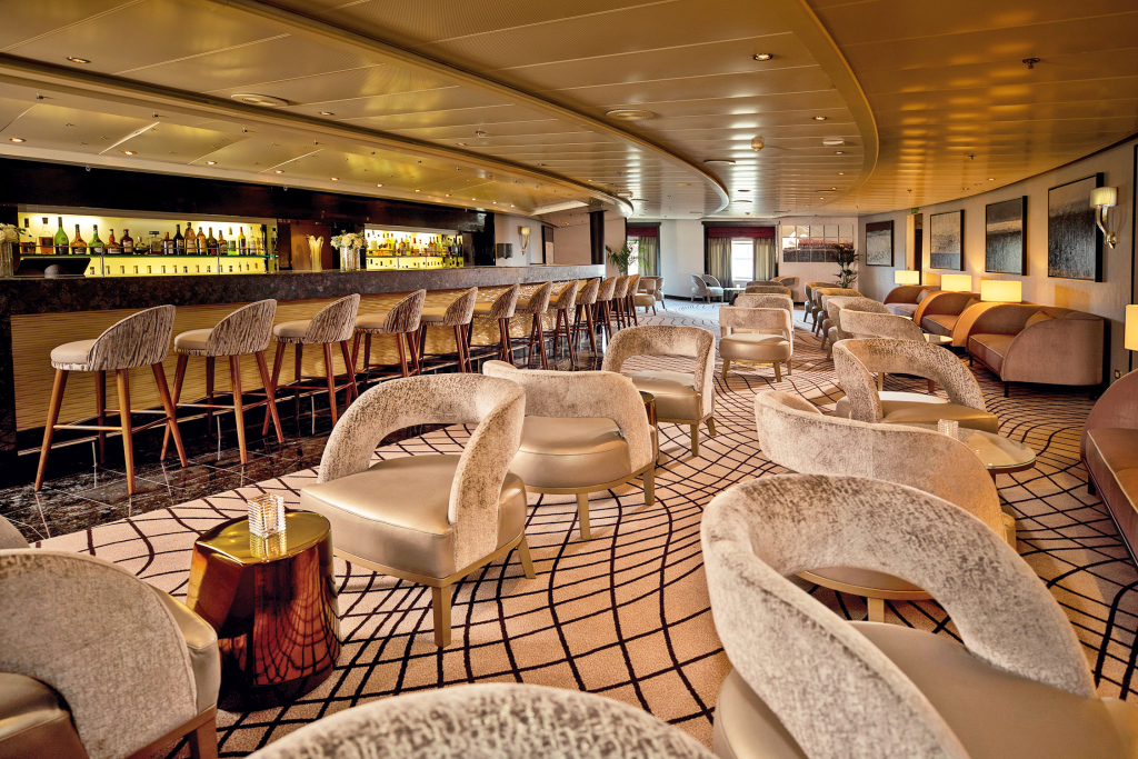 Seven Seas Navigator Renovierung Stars Lounge